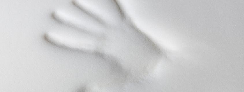 distinguish memory foam pillow
