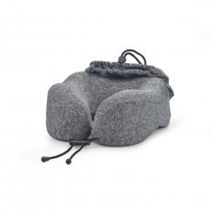 Comfortable travel pillow with bag